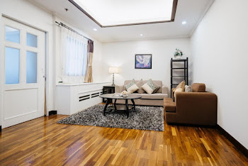 Soi Sukhumvit  Road Serviced Apartment
