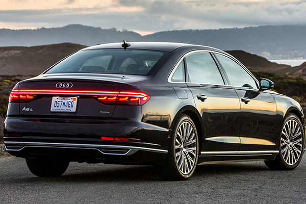 rear-end-of-the-Audi-a8-2019