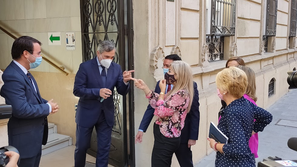 Visita a la Diputación de Almería de la consejera de Cultura, Patricia del Pozo.