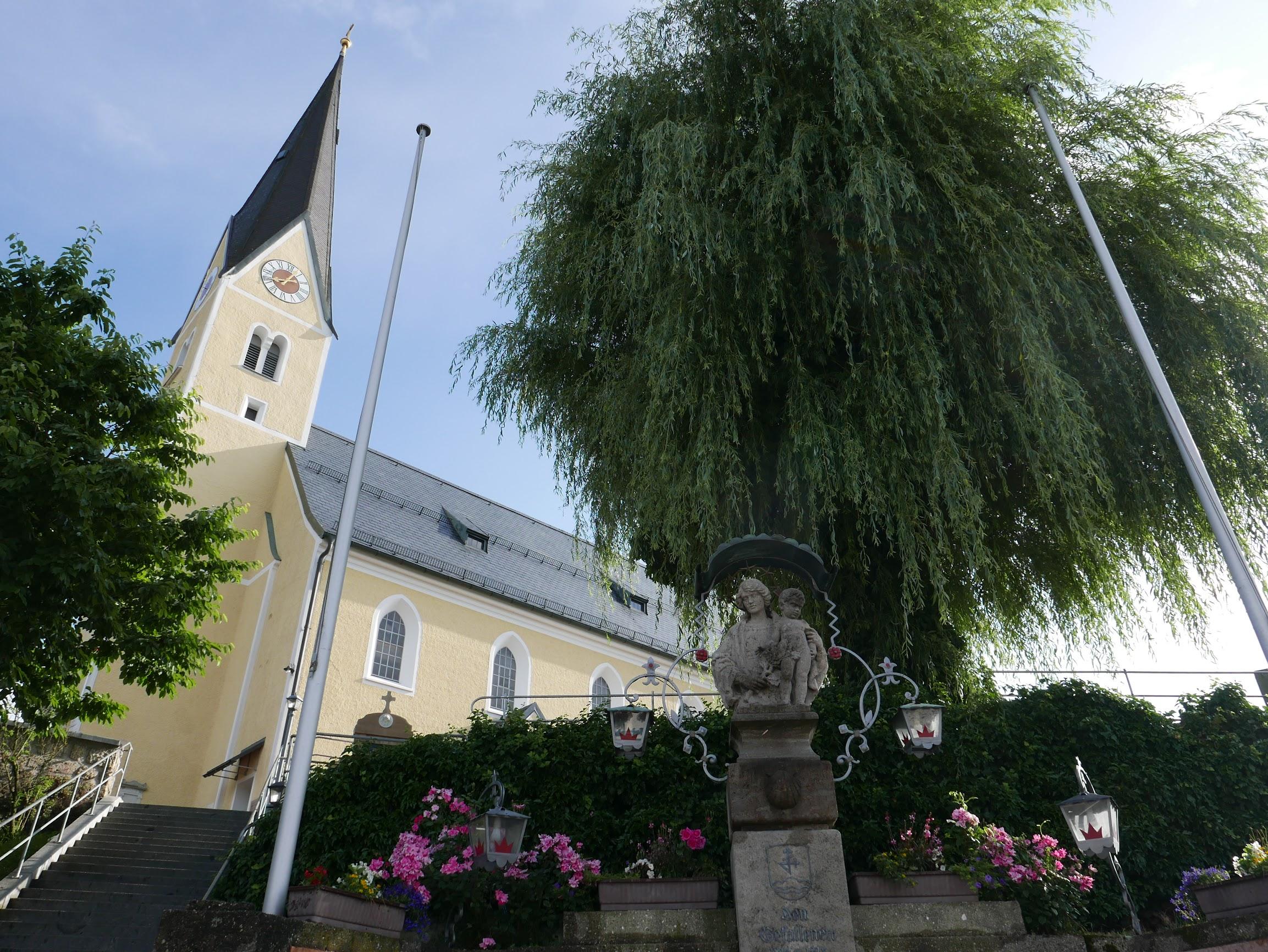 Pfarrkirche St. Laurentius, Bernau am Chiemsee