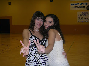 Photo: las 2 entrenadorasssss