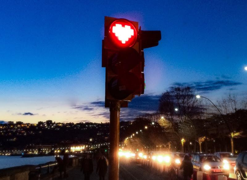 semaforo amorevole di 71_Stump