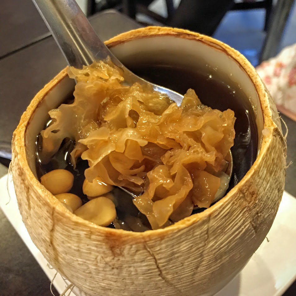 Braised Coconut with Snow Fungus