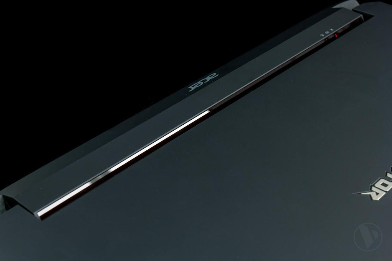 Đánh giá chiếc lap game Acer Predator 17