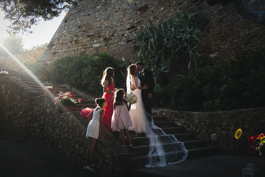 Wedding photographer Carlos Sardà (carlossarda). Photo of 27.02.2017
