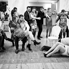Wedding photographer Vasiliy Tikhomirov (BoraBora). Photo of 28.05.2015