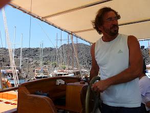 Photo: Vassili, notre très sympathique Capitaine, en hiver il parcourt les mers sur un porte-containers