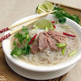 Crock Pot Pho (Vietnamese Beef Noodle Soup).