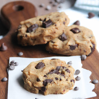 Healthy Gluten Free Chocolate Chip Cookies.