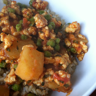 Ground Chicken, Potatoes & Peas with Tomato Sauce