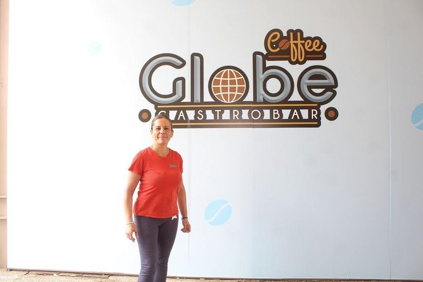 Belén López, gerente de Globe café gastrobar ubicado en la Galería Oliveros, Parque de Oliveros.