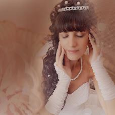 Wedding photographer Kseniya Dikaya (DIKFOTO). Photo of 30.10.2013