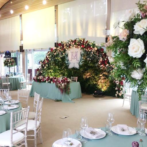 Площадка для свадьбы у воды «Основной зал » 2