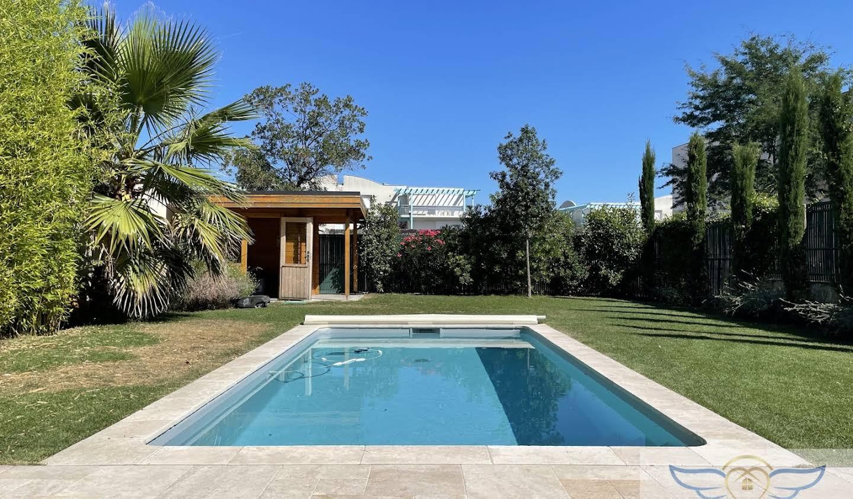 Appartement avec terrasse et piscine Bordeaux