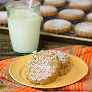 Cinnamon and Piloncillo Cookies Recipe