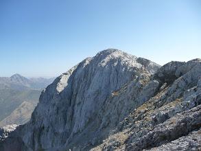 Photo: El pequeño Espigüete o cima Este desde el collado