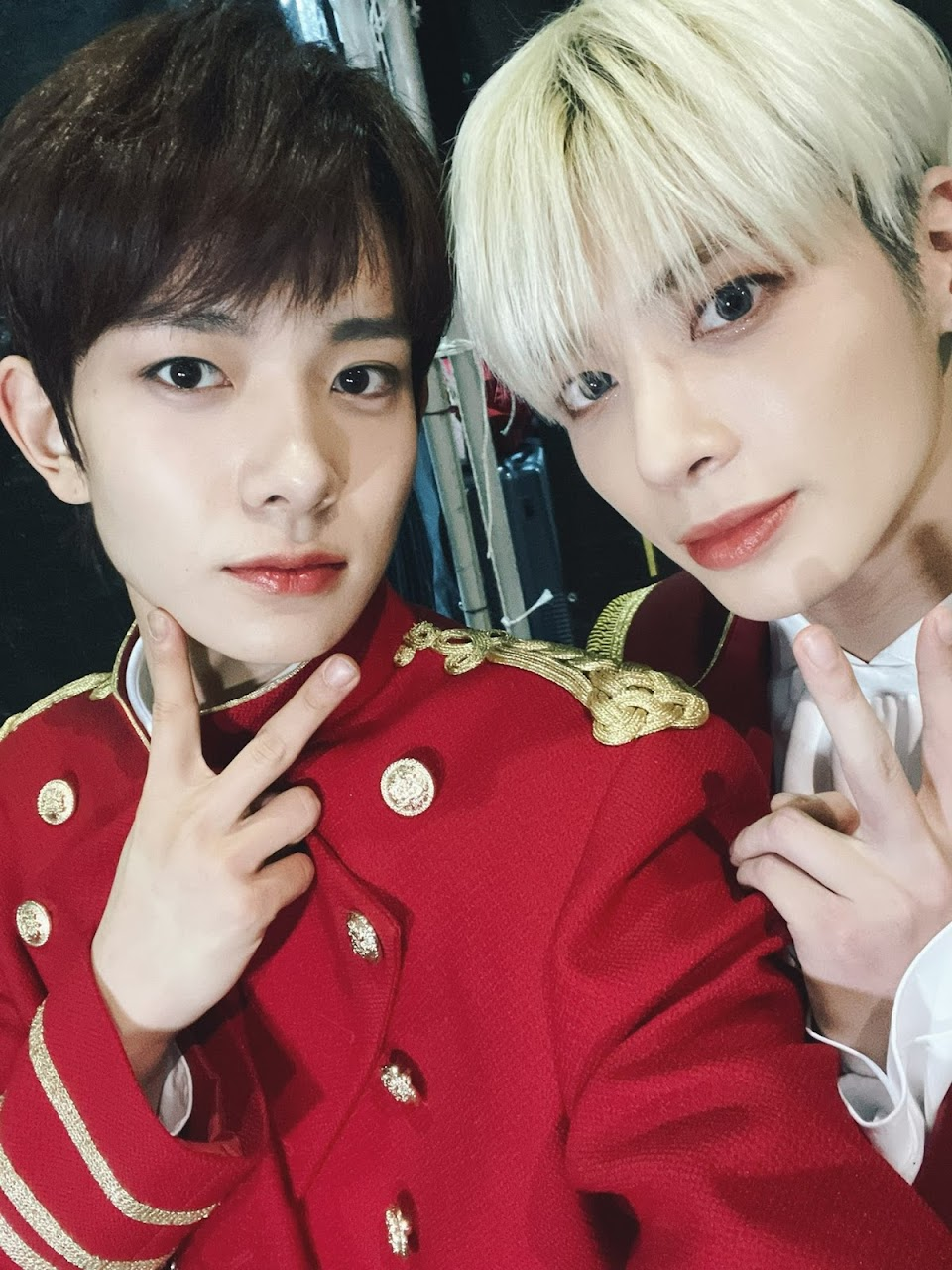 txt taehyun enhypen heeseung @ENHYPEN_members 1