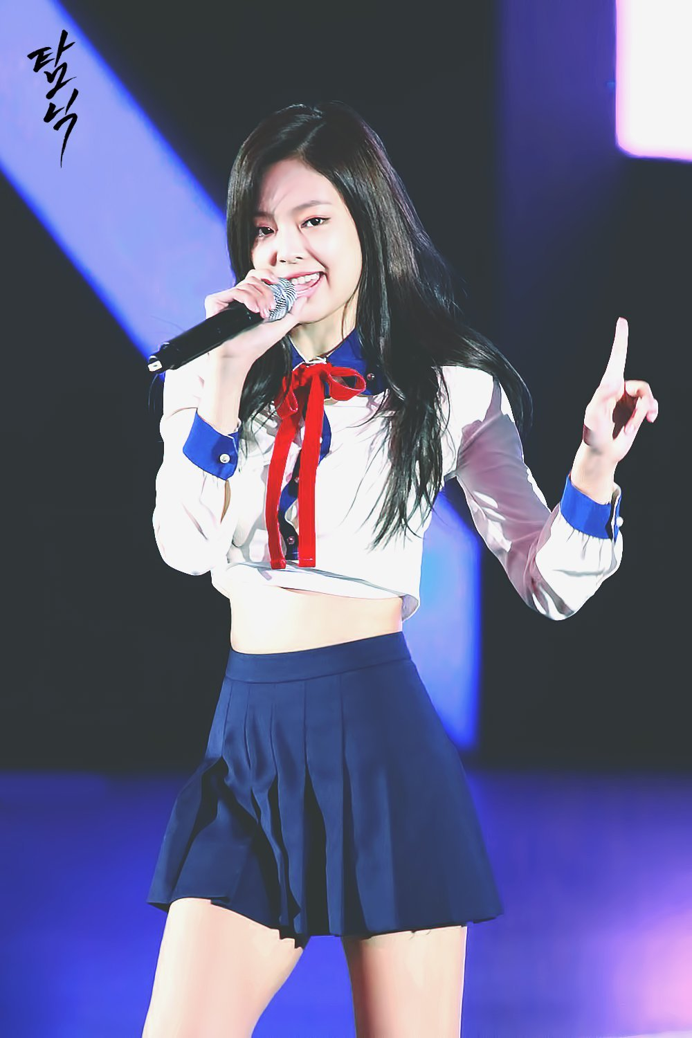 TOP 10 Sexiest Outfits Of BLACKPINK Jennie - Koreaboo