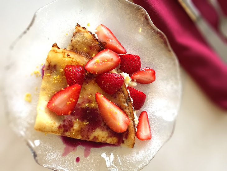 Strawberry and Ricotta Crepes