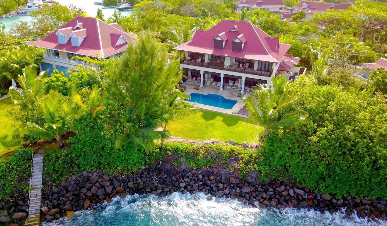 Villa avec piscine et terrasse Victoria