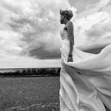 Wedding photographer Yuriy Rachkov (wedmagic). Photo of 28.08.2014