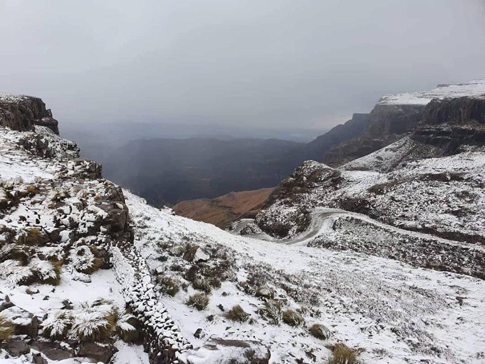 Lente sneeuval oor KZN-berge bring groot koue rigting - TimesLIVE