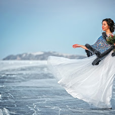 Wedding photographer Mikhail Zykov (22-19). Photo of 15.10.2017