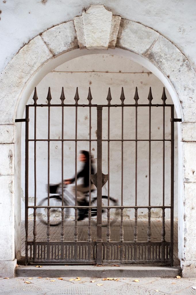 Lucca  porta d'ingresso alla città di pierluigi lottini