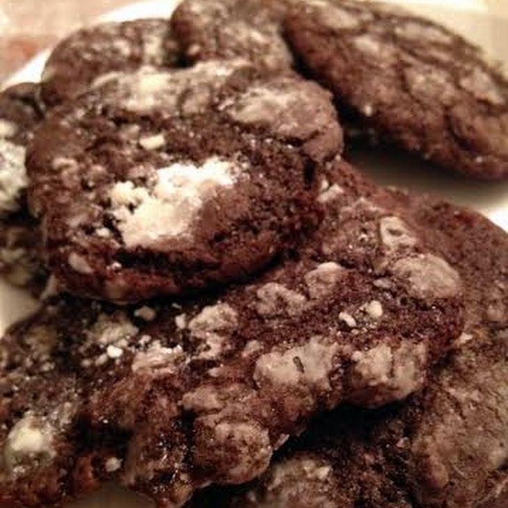 Amish Chocolate Crinkle Cookies
