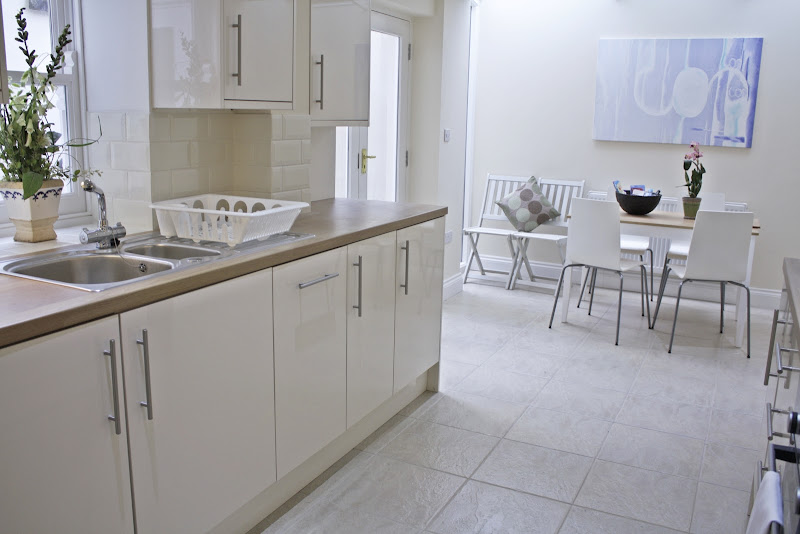 oxford-gardens-notting-hill-serviced-apartments-family-and-pet-friendly-accommodation-london-urban-stay-31-34