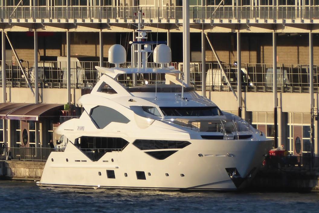 Zozo (Sunseeker 131 Yacht)