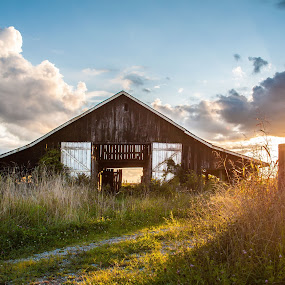 Let Your Light Shine by Angela Moore - Landscapes Sunsets & Sunrises ( clouds, barn, sunset, rustic, kentucky )