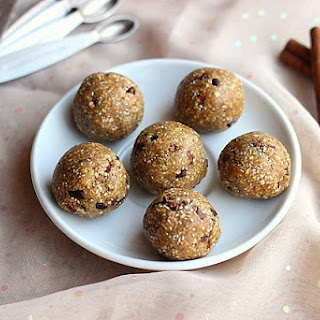 Chocolate Chip Cookie Dough Balls (Date-Free, Vegan)