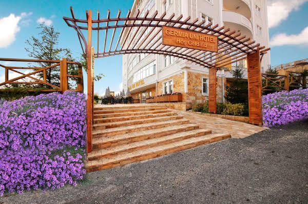Germia Uni Hotel
