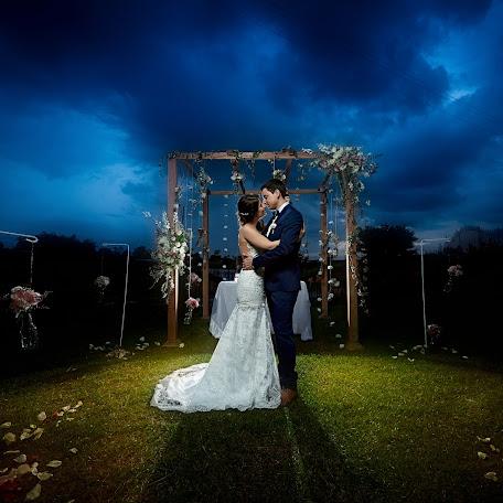 Fotograful de nuntă John Palacio (johnpalacio). Fotografie la: 21.03.2018