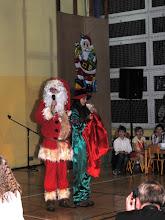 Photo: Mikołaj odwiedził nas również na sali gimnastycznej
