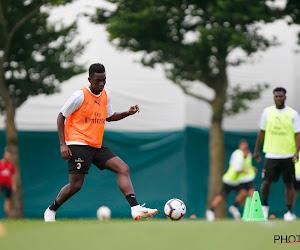 OFFICIEEL: Charleroi haalt jonge spits weg bij AC Milan