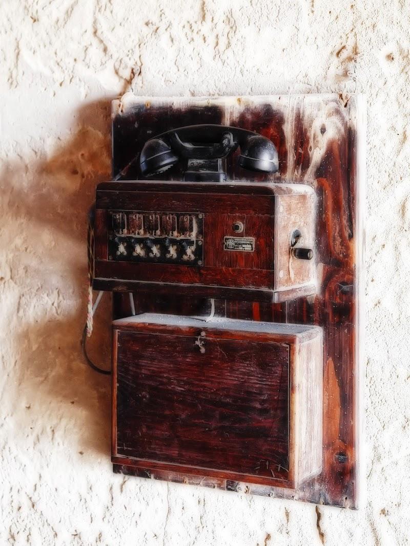Il vecchio telefono di Patrix