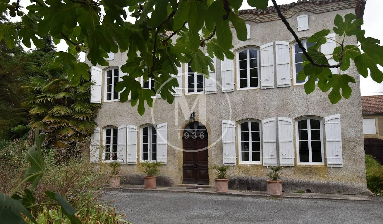 House with terrace Marciac