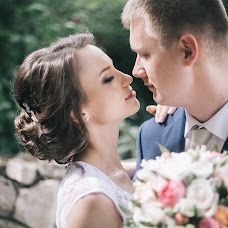 Wedding photographer Stanislav Rogov (RogovStanislav). Photo of 09.03.2018