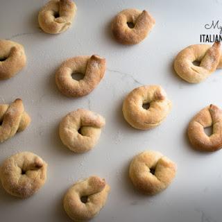 Sweet Taralli Cookies.