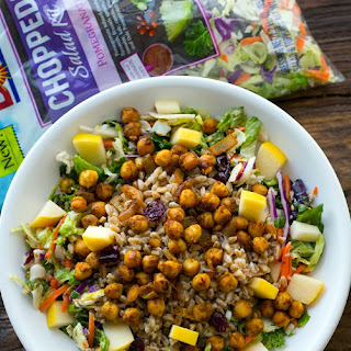 Chickpea Pomegranate Salad with Farro, Apples