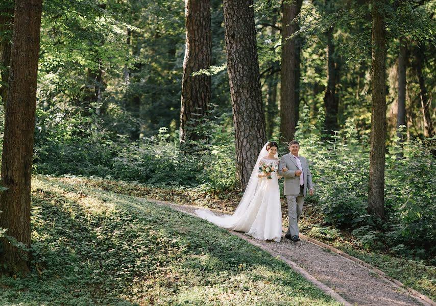 Wedding photographer Katya Mukhina (lama). Photo of 11.11.2015