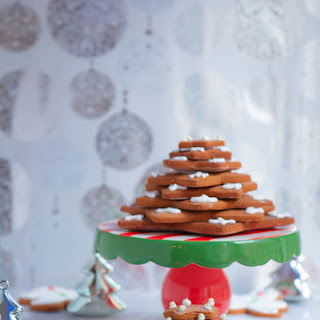 Gingerbread Christmas Tree Cookies.