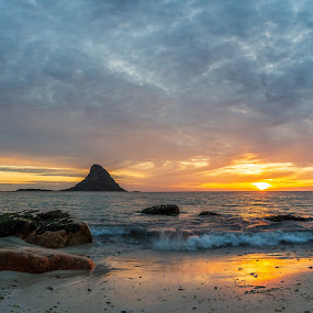 Sunset beach by Benny Høynes - Landscapes Sunsets & Sunrises ( sunlight, sunset, beach, norway, sunsets, nightscapes, canon )