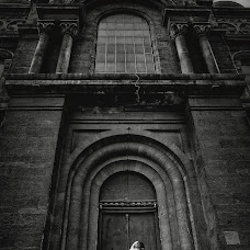Wedding photographer Miroslava Velikova (studioMirela). Photo of 11.08.2018