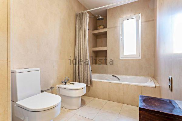 Más baño. Foto de Idealista.