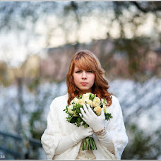 Wedding photographer Yuliya Artemeva (anti-yuliya). Photo of 21.10.2013