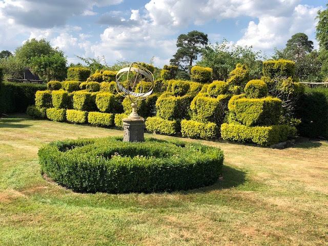 My Photos: England -- Kent -- Hever Castle Gardens