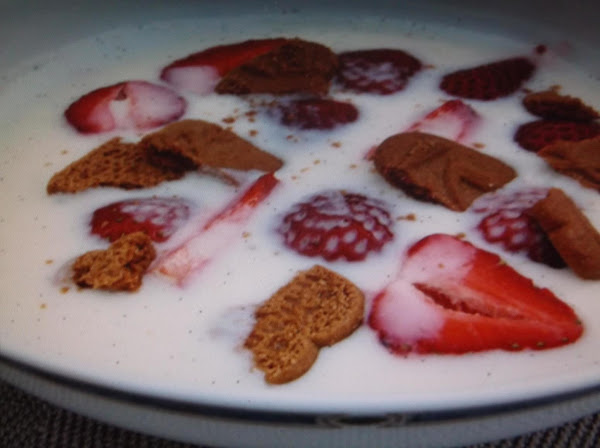 Berry Buttermilk Soup Recipe
